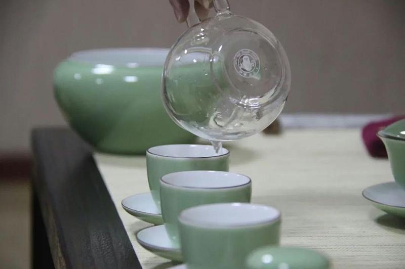 明珠国学茶修分茶