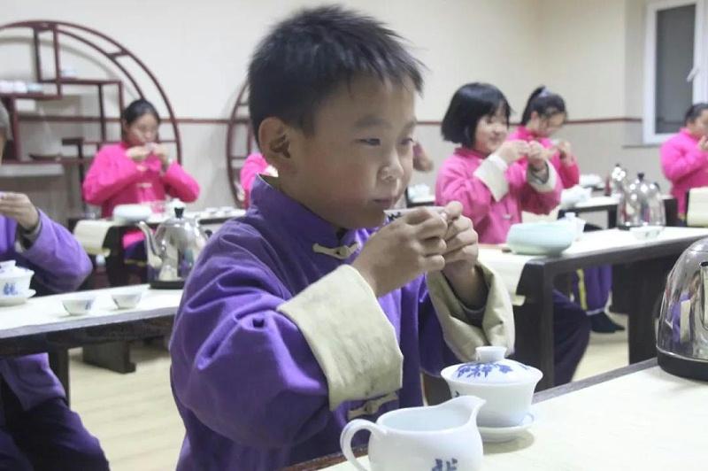 明珠国学茶修品茶