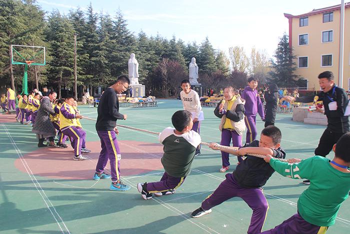 明珠国学-拔河比赛